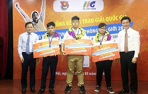 Học sinh trường Lê Hồng Phong-Nam Định là 1 trong 3 đại diện Việt Nam thi Tin học văn phòng thế giới tại Mỹ