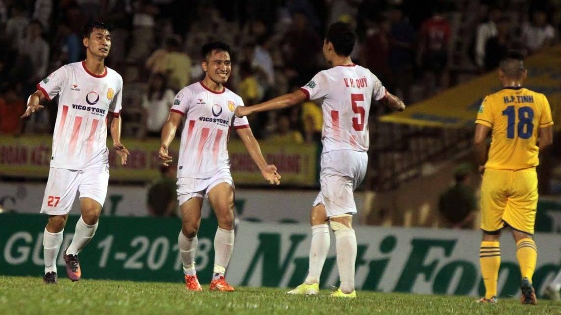 Vòng 13 V.League 2018: Hà Nội FC chốt hạ lượt đi, Nam Định đại chiến Sài Gòn