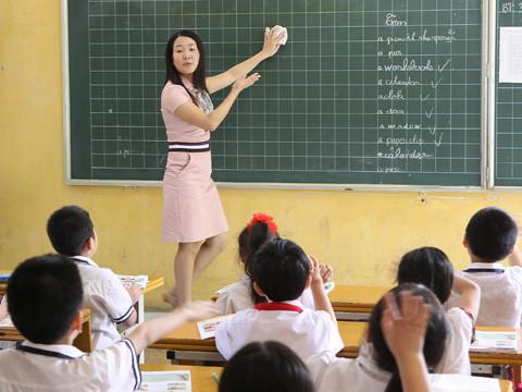 Nam Định: Giáo viên có thể tham gia dạy thêm ngoài nhà trường
