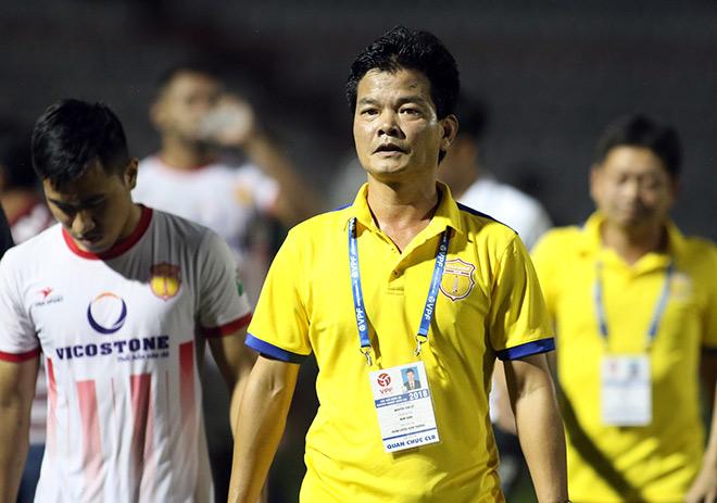 HLV Văn Sỹ: Nam Định không phải vất vả ở V.League 2019 như mùa giải này