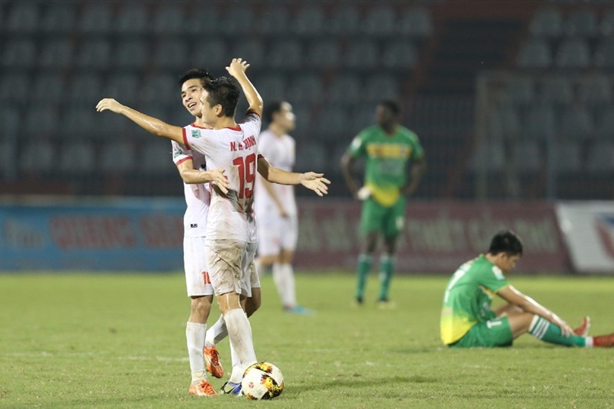 """""""Chốt"""" địa điểm tổ chức trận play-off Nam Định – Hà Nội B"""