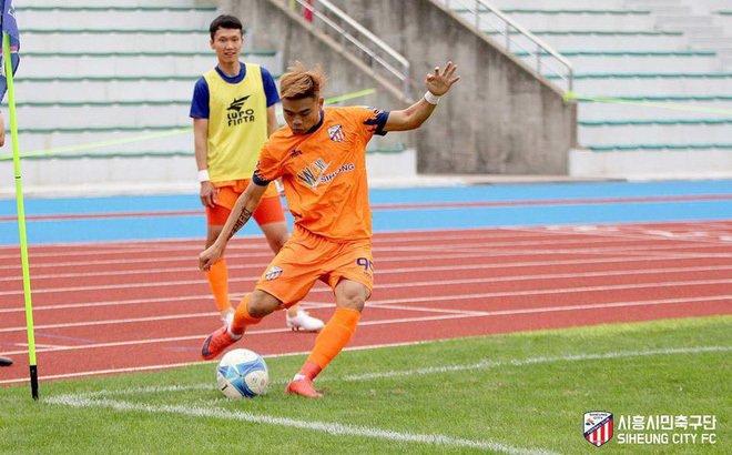 Thi đấu nổi bật ở Hàn Quốc, cầu thủ Nam Định nhận được nhiều lời mời hấp dẫn
