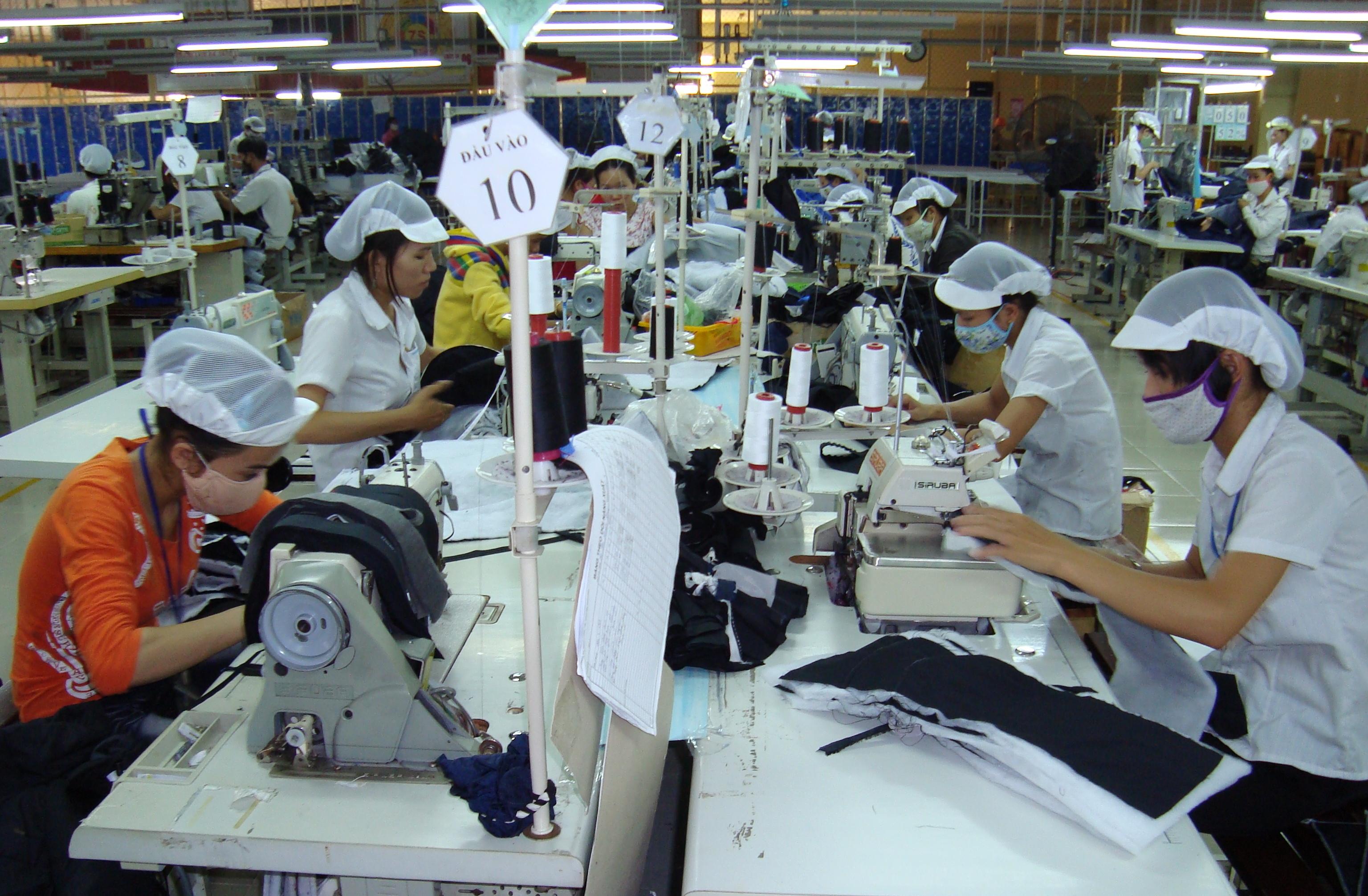 Nam Định: Đẩy mạnh nâng cao năng suất chất lượng ngành dệt may
