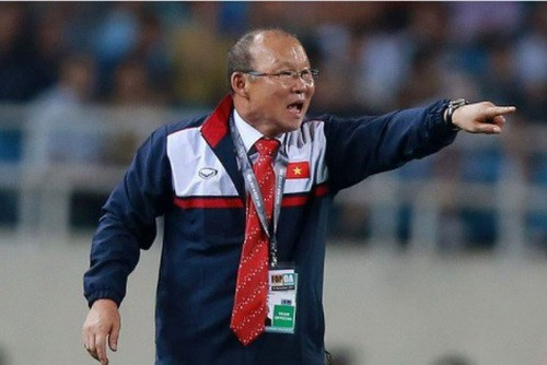"""Báo chí châu Á: Tuyển Việt Nam """"giấu bài"""", chờ đối đầu Thái Lan"""
