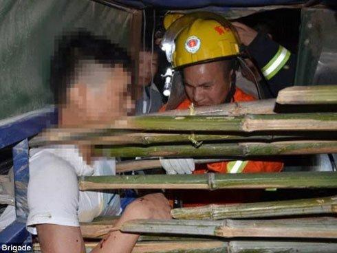 Nam Định: Đâm vào xe ba gác chở luồng, người đàn ông tử vong thương tâm