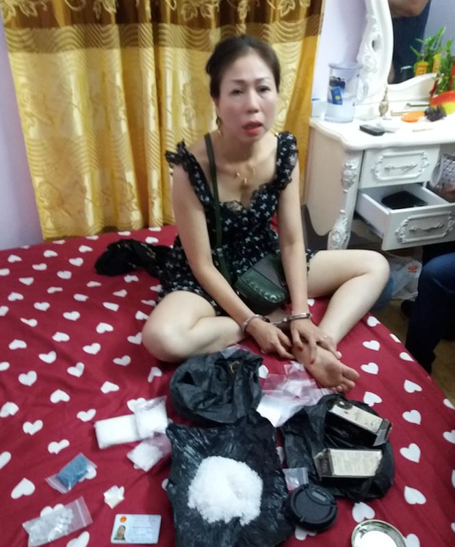 Khởi tố băng nhóm bán ma tuý cho quán karaoke, nhà nghỉ ở Nam Định