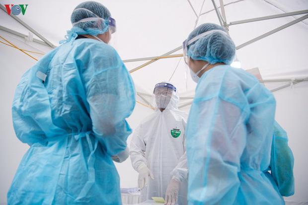 3 bệnh nhân mắc Covid-19 nặng đã có kết quả âm tính ít nhất 2 lần