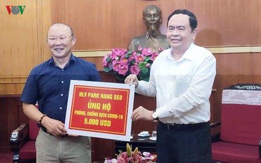 HLV Park Hang Seo ủng hộ 5.000 USD cho 'Quỹ phòng chống dịch Covid-19'