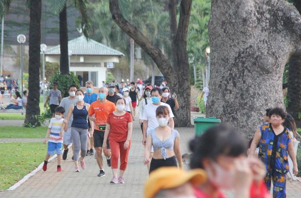 Từ ngày 4/4, người Hà Nội ra đường tập thể dục có thể bị phạt đến 10 triệu đồng