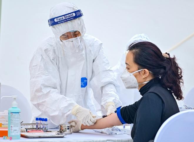 3 mẫu nghi mắc Covid-19 bằng xét nghiệm nhanh ở Hà Nội đều âm tính