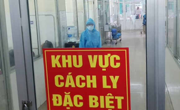 Thêm 2 trường hợp nhập cảnh từ Nga mắc COVID-19, Việt Nam có 415 ca bệnh