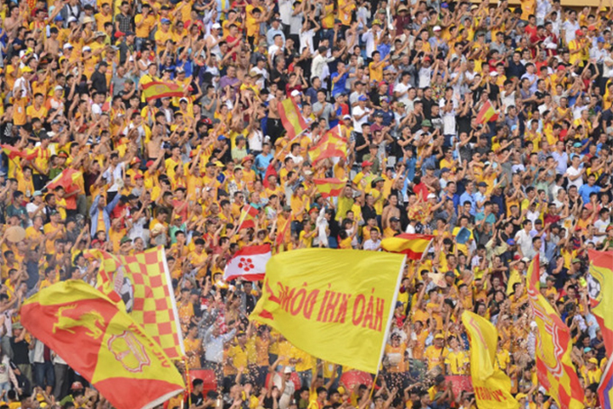 Vòng 10 V.League: HAGL 'dễ thở', DNH Nam Định gặp khó