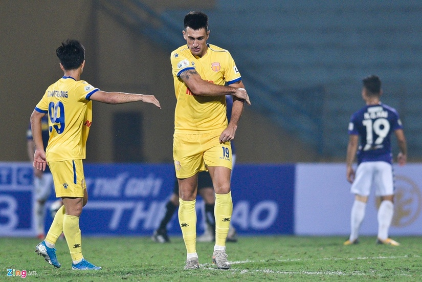 CLB Nam Định mất 4 cầu thủ ở trận gặp Hải Phòng