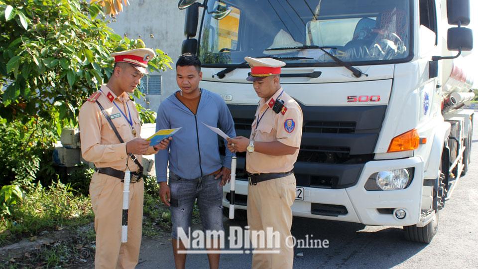 Nam Định Nỗ lực giảm tai nạn giao thông những tháng cuối năm