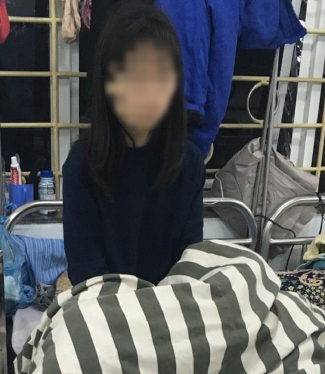 Từ học sinh giỏi cấp quốc gia, nữ sinh Nam Định bị tâm thần vì xem Youtube cả ngày