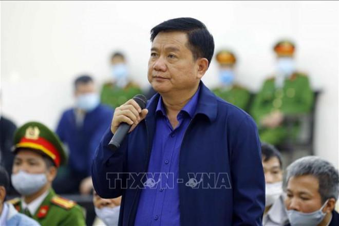 Trước tòa, ông Đinh La Thăng nói cáo trạng như một bản nhạc, chỗ nào cũng có tên mình