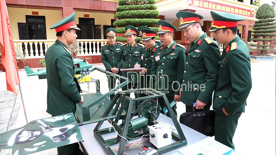 Nam Định : Nâng cao chất lượng sáng kiến, cải tiến mô hình học cụ phục vụ huấn luyện, sẵn sàng chiến đấu