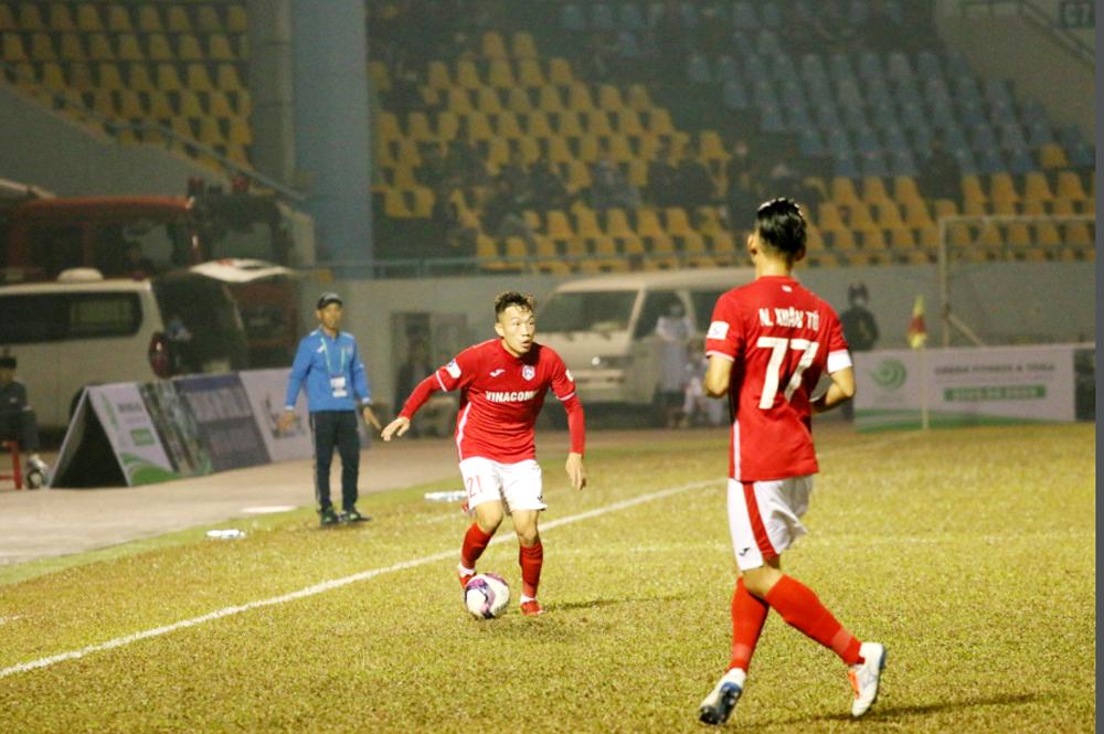 Chiều Ngày 27/4: Than Quảng Ninh tiếp Nam Định đua tranh top 6 trên sân Cẩm Phả