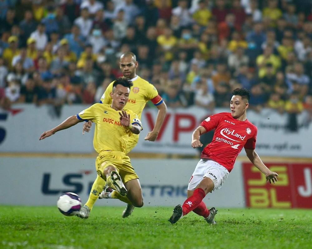 HLV Polking: CLB Nam Định làm hỏng hình ảnh bóng đá Việt Nam