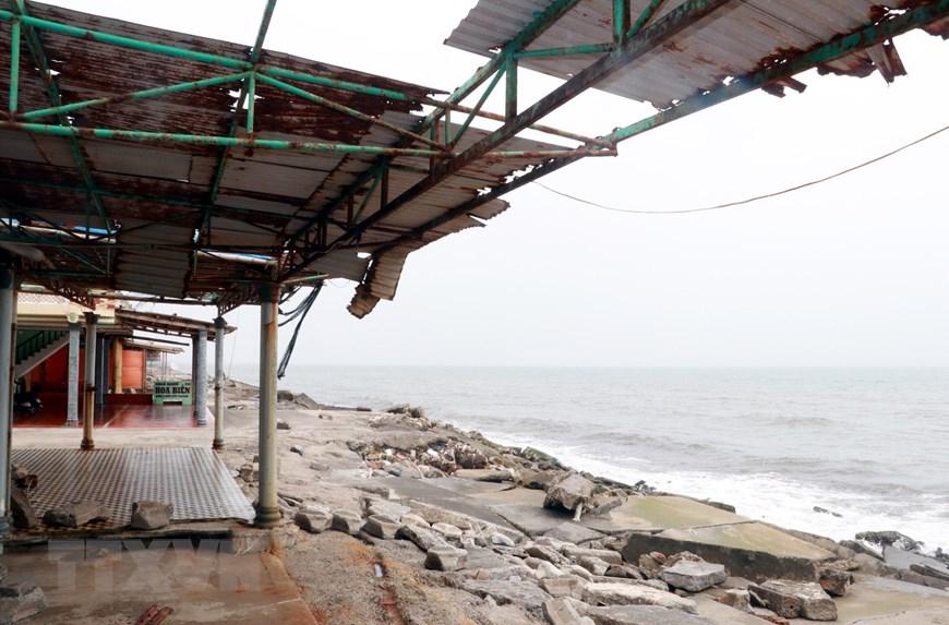 Nam Định: Kè biển sạt lở gần nửa năm chưa được khắc phục