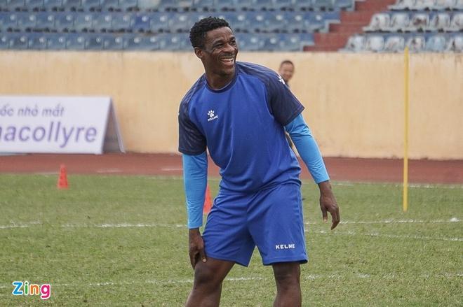 CLB Nam Định bổ sung cầu thủ nhập tịch gốc Ghana