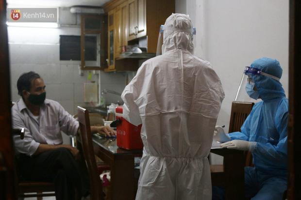 Hà Nội: Nam bác sĩ tại 1 bệnh viện trung ương dương tính với SARS-CoV-2, F1 ở rất nhiều quận huyện
