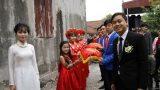 Sự thật về cô bé đỡ tráp ăn hỏi ở Nam Định