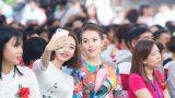 THPT Nguyễn Khuyến: Á hậu Thúy Hằng về thăm trường cũ, tri ân thầy cô