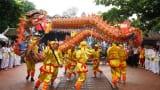 Du khách nô nức về dự Lễ hội truyền thống đền Trần