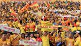Nam Định FC: Khó khăn chỉ làm thành Nam thêm yêu bóng đá