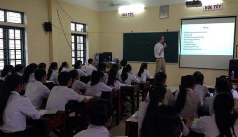 Nam Định sử dụng giáo viên nước ngoài dạy tiếng Anh