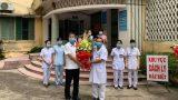 """2 bệnh nhân cuối cùng khỏi bệnh, BVĐK tỉnh Nam Định """"sạch bóng"""" COVID-19"""