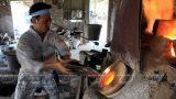 Chiêm ngưỡng những người thợ trong xưởng thủy tinh gần 2.000 độ – Nam Trực Nam Định