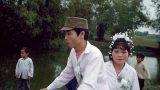 Bức ảnh đám cưới 'oách xà lách' ở vùng nông thôn Nam Định những năm 90 bất ngờ gây sốt