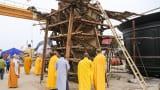 Hơn 200 phật tử Nghệ An tham gia lễ đúc tượng Phật tại Nam Định