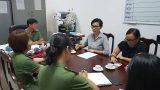 """Thanh niên livestream """"Cô Ba Sài Gòn"""" năn nỉ xin lỗi, Vân Ngô làm việc với công an"""