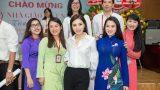 Hoa Hậu Kỳ Duyên Mặc Giản Dị Về Thăm Trường Nhân Ngày 20/11