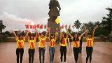 Đất Nam Định chưa mưa đã ngấm Gái Nam Định chưa ngắm đã say.