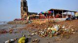 Nhà Thờ Đổ – Địa điểm du lịch thành nơi chứa rác thải