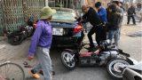 Thuê ô tô tự lái, tài xế gây tai nạn liên hoàn