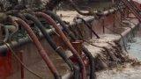 Nam Định: Cảnh sát môi trường bắt tàu hút trộm cát lúc nửa đêm