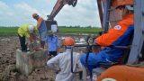 Vụ cột điện 220KV làm bằng Bêtông trộn… đất: Nhà thầu tự đào móng công trình, lấy mẫu xét nghiệm