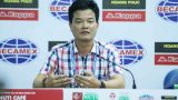 """Thua đau phút cuối ở """"chung kết ngược"""", HLV Nguyễn Văn Sỹ trách trọng tài nặng tay"""