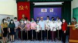 Trao tặng 500 cây gậy trắng cho người mù tỉnh Nam Định và Hà Nam