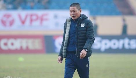 HLV Hà Nội tố Nam Định chơi xấu