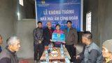"""Nam Định: Trao tiền hỗ trợ xây mới nhà ở """"Mái ấm Công đoàn"""