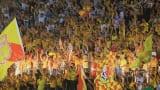Nhiều CLB phạt tiền lớn vì để CĐV đốt pháo sáng ở vòng 13 V.League