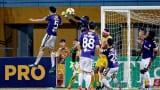 TPHCM và Nam Định khiến cuộc đua trụ hạng V.League 2018 nóng bỏng