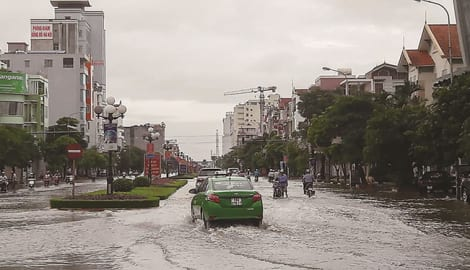 Nam Định: Khu đô thị hiện đại khổ sở vì ngập lụt
