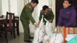 Hàng tấn mì chính Trung Quốc được đóng bao bì thương hiệu bột ngọt nổi tiếng